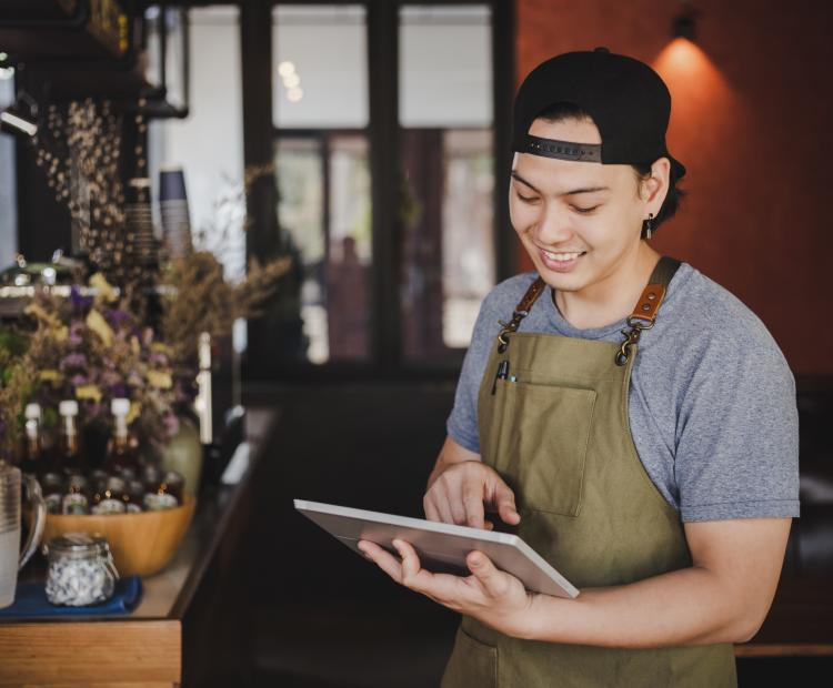 Restaurant With Mobile Marketing